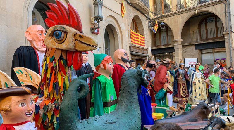 Més de 300 infants participen a la Festa dels Oficis i la Trobada de Gegantons