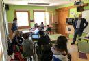 El conseller d'Educació, Josep Bargalló, visita els centres de Sant Llorenç de Morunys